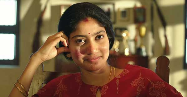 Sai Pallavi as Mythili in NGK