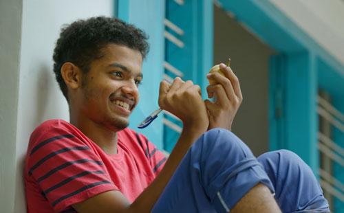 Mathew Thomas as Jaison