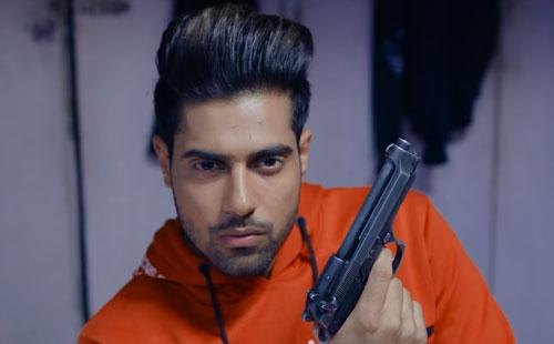 Guri as Sikander brother