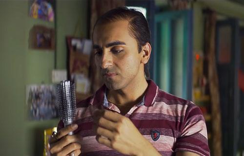 Bala 2019 movie screenshot