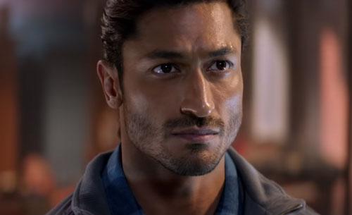 Vidyut Jammwal as Karanveer Singh Dogra